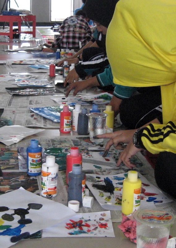 teachers painting Indonesia